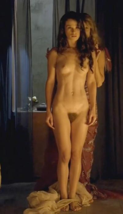 kinofilmi-gde-aktrisi-polnostyu-golie-foto